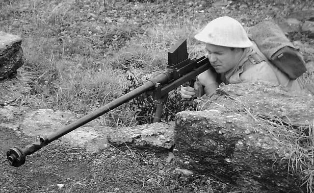 Top 21 arme groaznice din istorie Partea 2 blog Squad Store